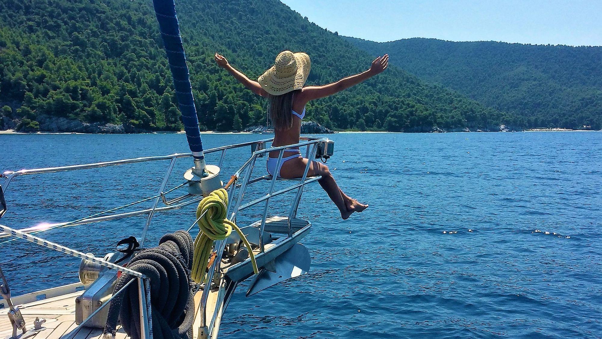 SEAthens day sailing cruises & activities