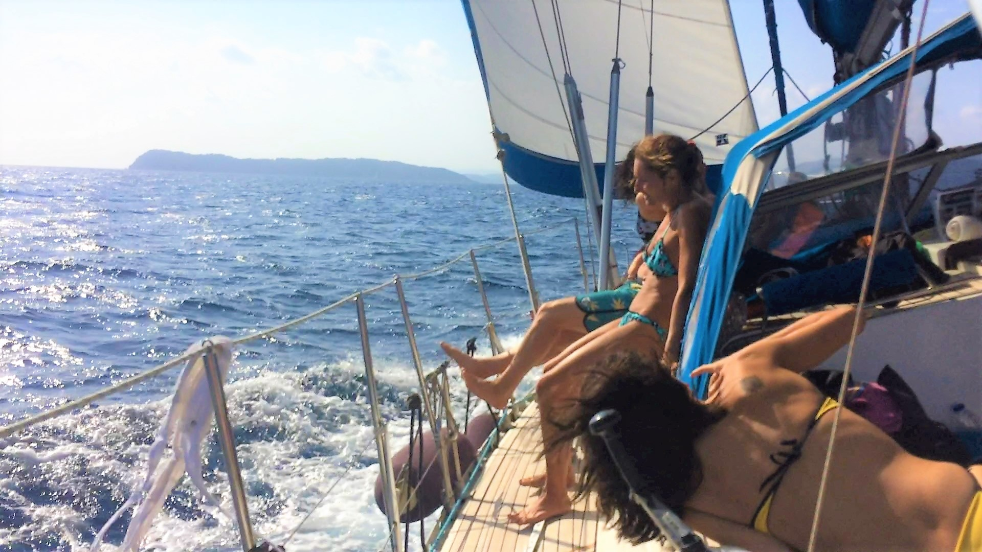 SEAthens day sailing cruises